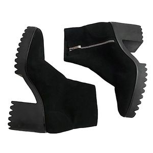 ZARA Suede Chunky Track Sole Ankle Boots